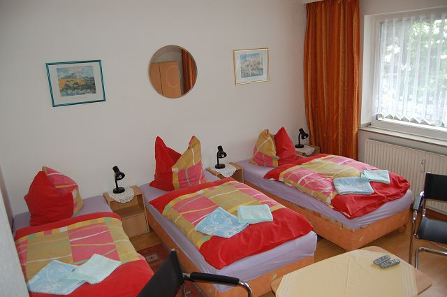 Appartements Oberhausen Leutl: Mehrbettzimmer